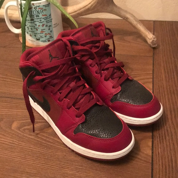 size 7 popular brand cheap for sale Air Jordan 1 mid 'Reverse Banned'